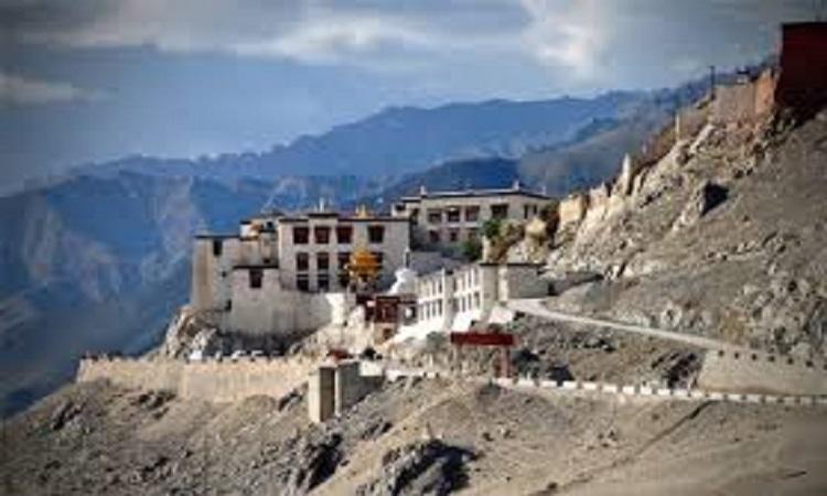 Delhi to Leh Ladakh Package